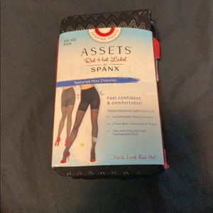 Spanx tights black chevron 4/D